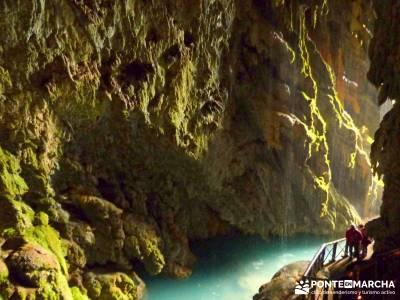 Parque Natural Monasterio de Piedra; Free trekking; Viajes de lujo;madrid montaña